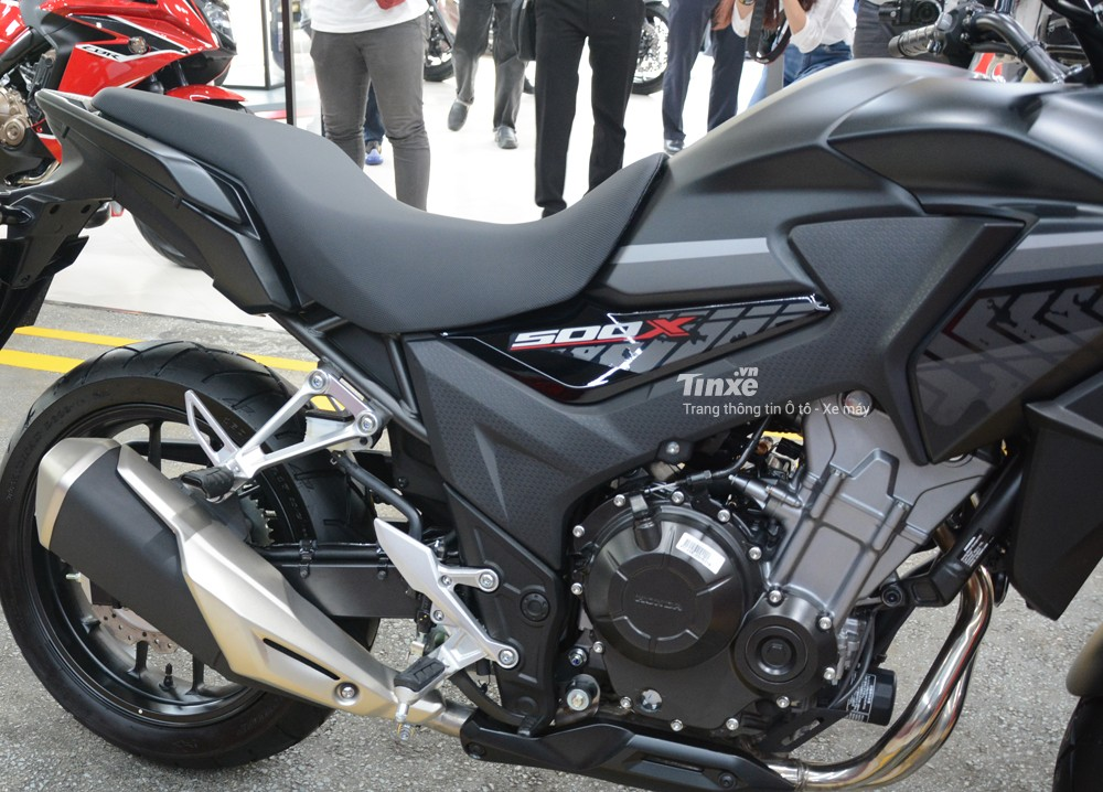 Chiều cao yên xe của Honda CB500X 2018 là bao nhiêu
