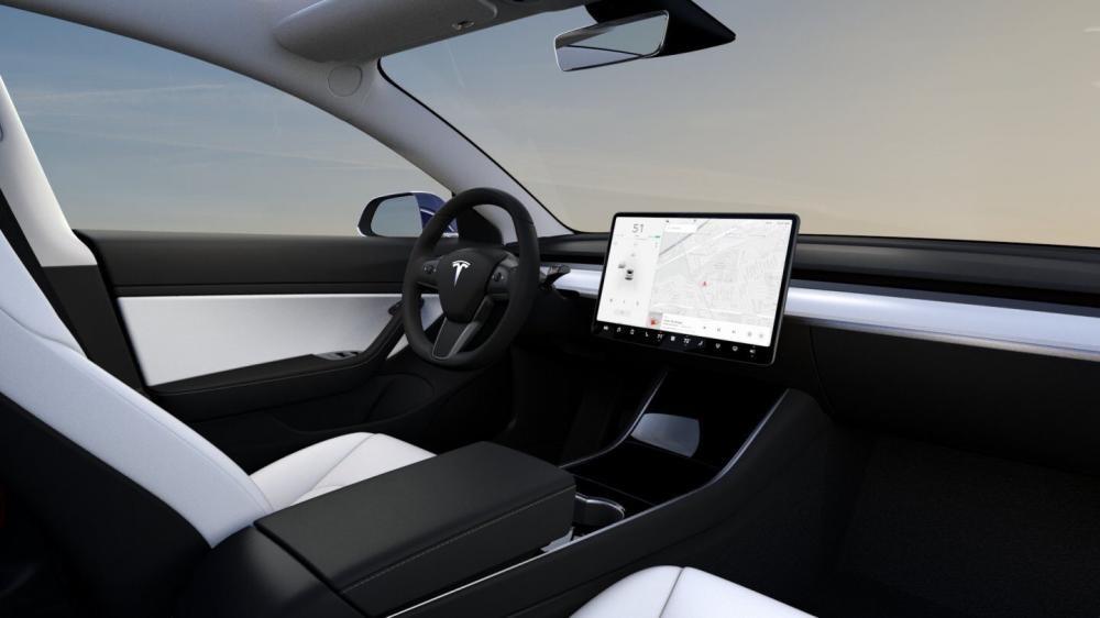 Nội thất màu trắng của Tesla Model 3