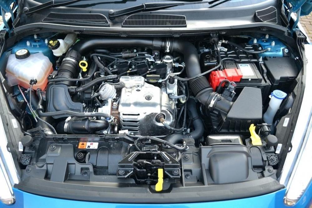 Trang bị Động cơ của Ford Fiesta