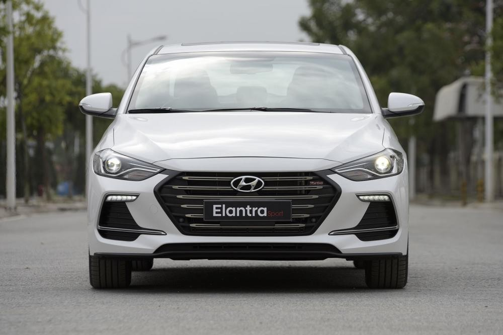 Thiết kế Ngoại thất của Hyundai Elantra