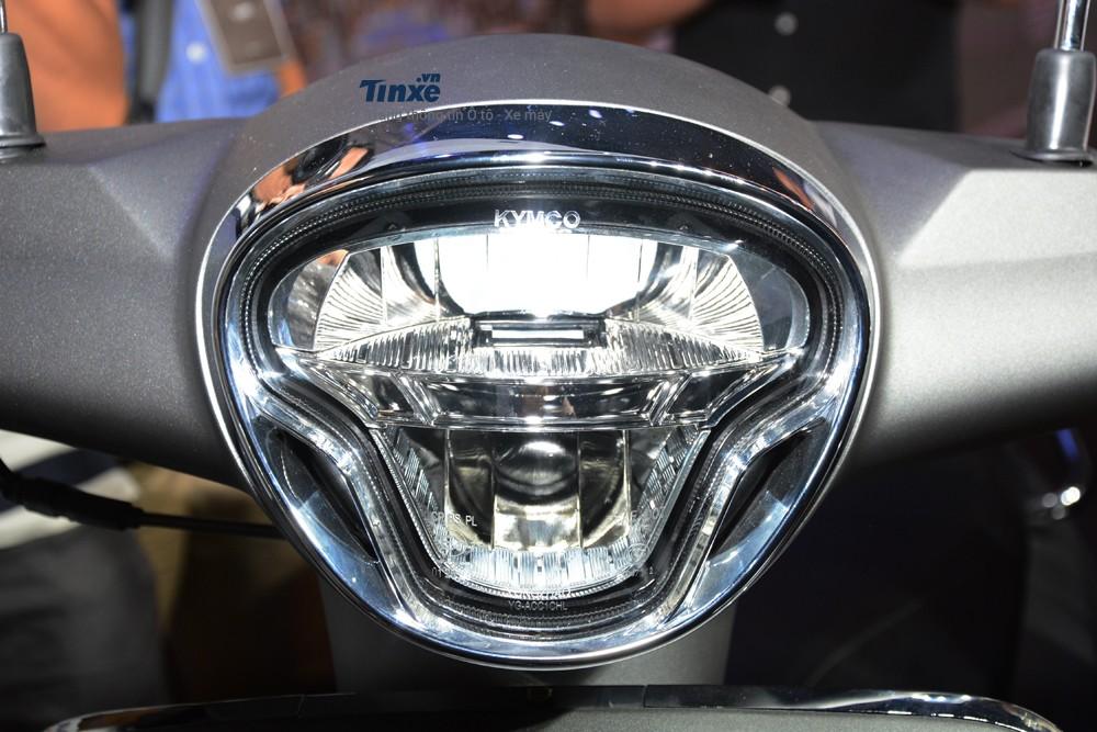 Hệ thốngđèn pha của Kymco Like 125 sử dụng công nghệ LED.