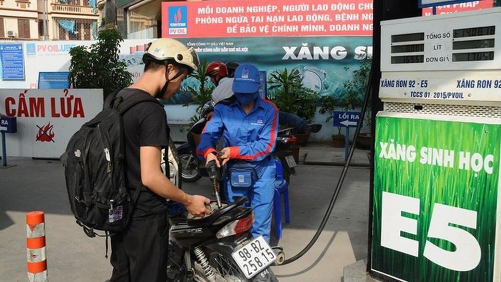 Giá xăng dầu tiếp tục tăng mạnh trong chiều nay