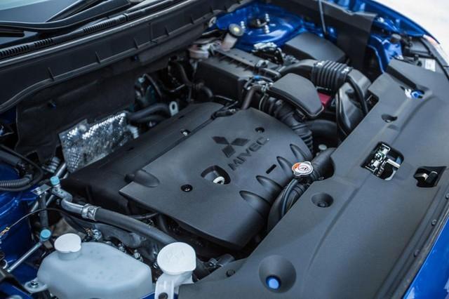 Trang bị Động cơ của Mitsubishi Outlander