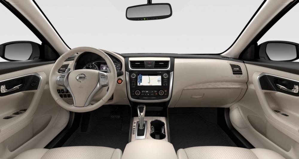 nội thất bên trong Nissan Teana
