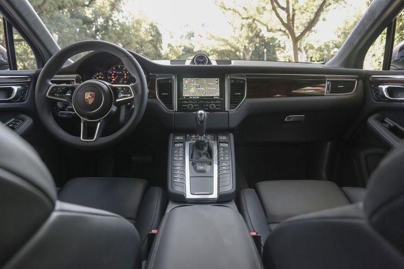 Thiết kế Nội thất của Porsche Macan 2018