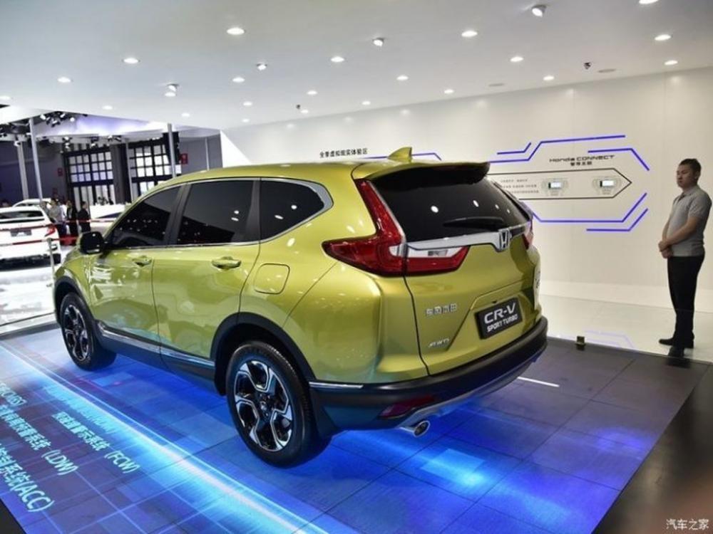 Honda CR-V dùng động cơ hút khí tự nhiên không bị ảnh hưởng
