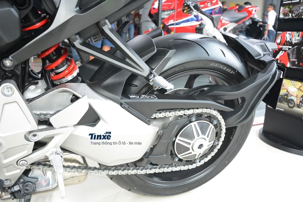 Chế độ lái trên Honda CB1000R 2018