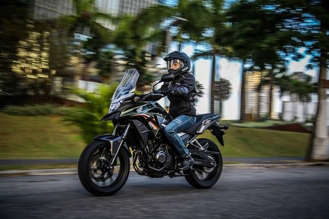 Thiết kế xe Honda CB500X