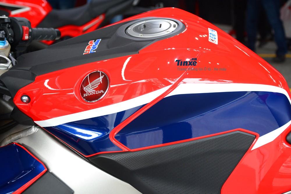 Thiết kế Bình xăng Honda CBR1000RR FireBlade SP 2018
