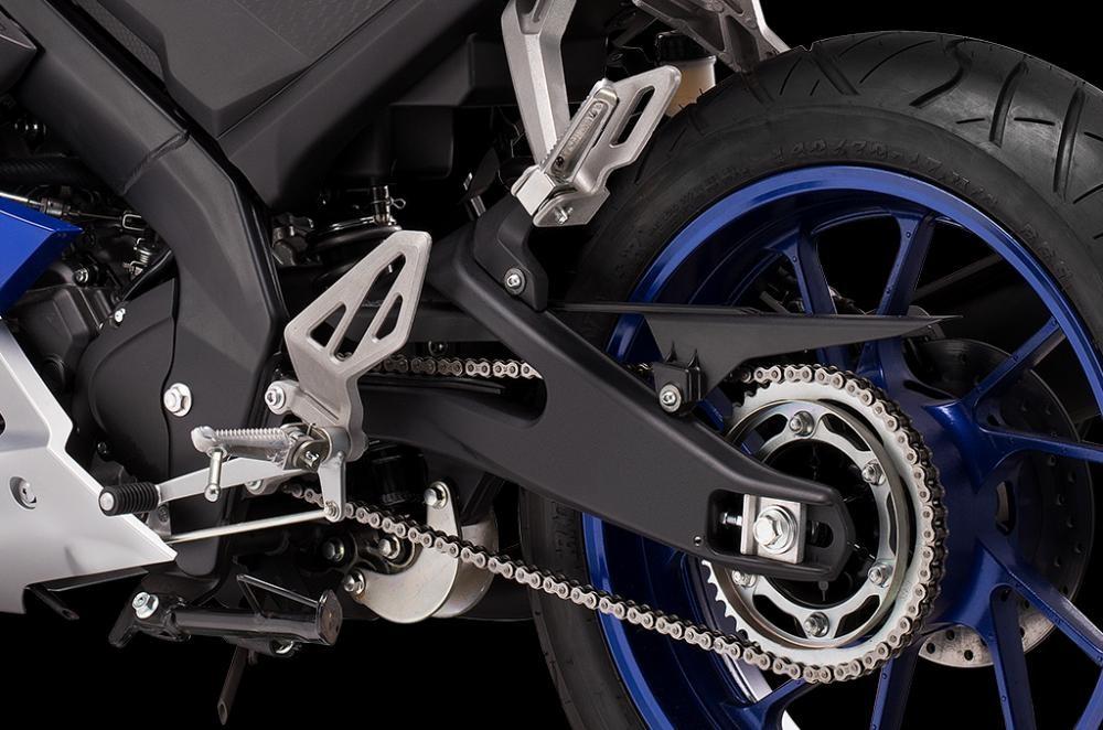 Thiết kế Hệ thống treo sau của Yamaha R15