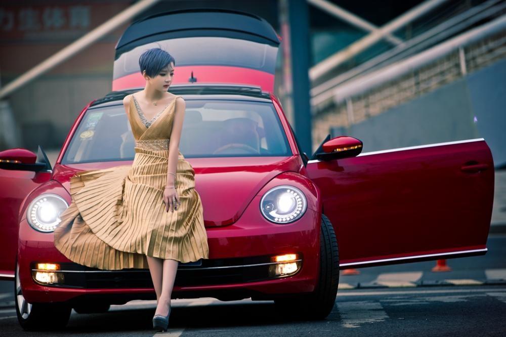 Ngắm hot girl A Chước tạo dáng thiết tha, xinh như tiên nữ bên Volkswagen Beetle - 9