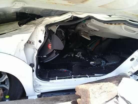 Người lái chiếc Toyota Fortuner đã may mắn thoát chết