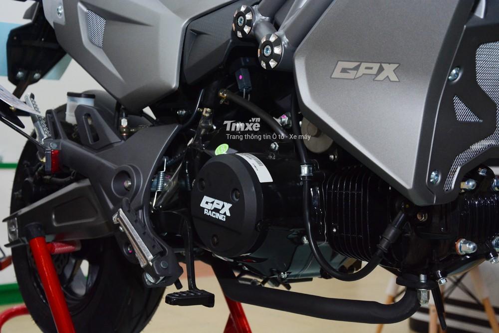 GPX Demon X 125 sở hữu khối động cơ dung tích 125 cc, 4 kì, làm mát bằng không khí