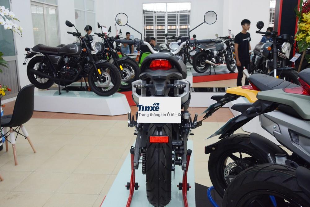 Tại Việt Nam, chiếc xe GPX Demon 2016 từng có phiên bản nhái và gây sốt với mức giá bán daođộng từ 32đến 38 triệuĐồng. Một số người còn hiểu lầmđây là chiếcDucati Monster 110 phân khối vàđã liên lạc vớiđơn vị phân phối chính hãng Ducati tại Việt Namđểđược mua xe.