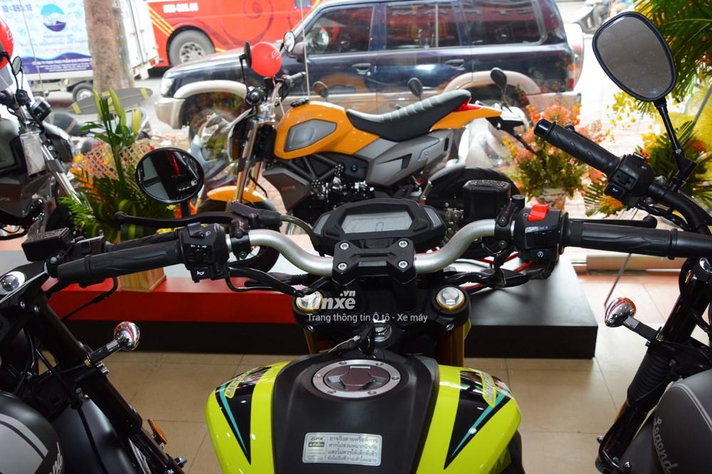 Mẫu naked bike 150 phân khốicó kích thước tổng thể bao gồm chiều dài 1.800 mm, rộng 800 mm và chiều cao 1.200 mm.Chiều dài cơ sở của GPX Demon 150GN 1.240 mm. Trọng lượng xe đạt mức 130 kg.