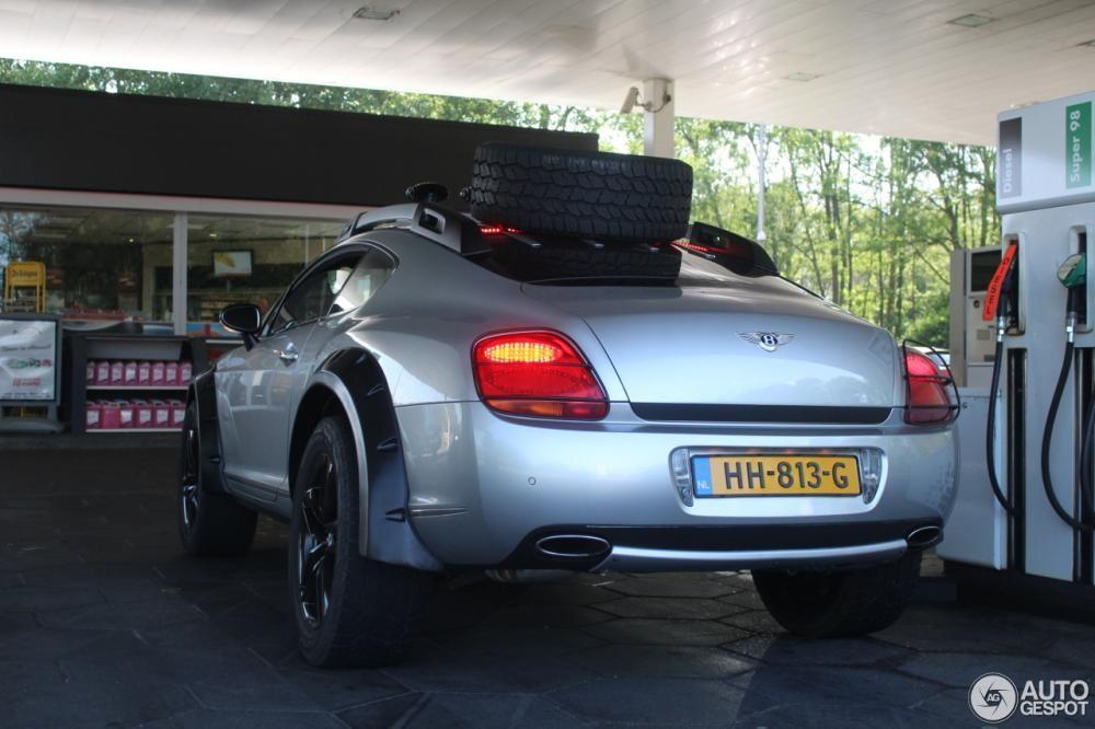 Chiếc Bentley Continental GT này được nâng gầm thêm 76 mm