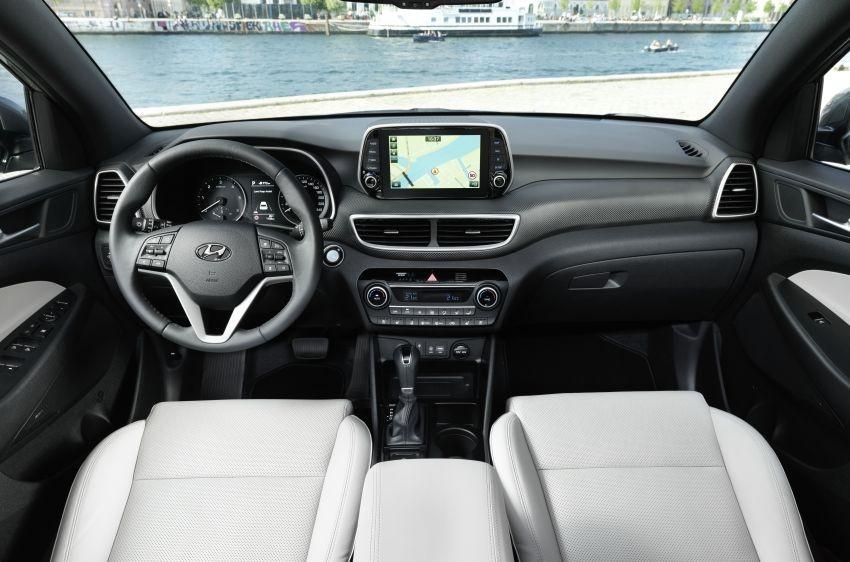 Nội thất của Hyundai Tucson 2019 với mặt táp-lô mới