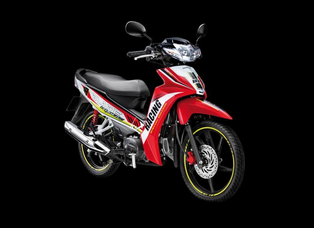 Mẫu Honda Blade màu đỏ đen trắng