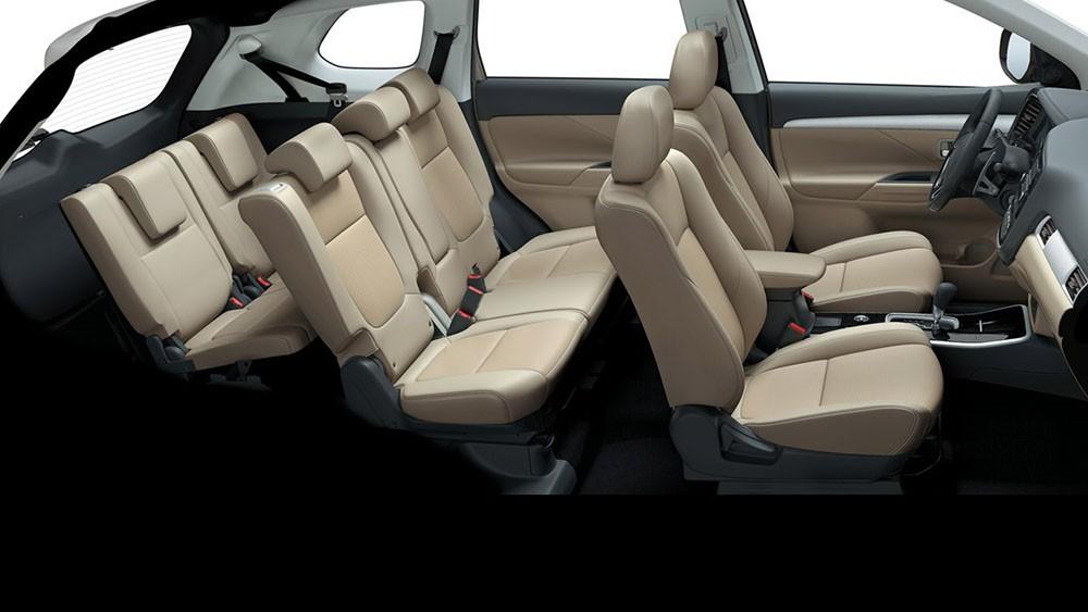 3 hàng ghế của Mitsubishi Outlander