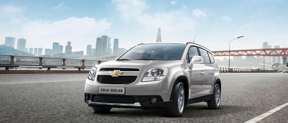 Mẫu Chevrolet Orlando màu bạc