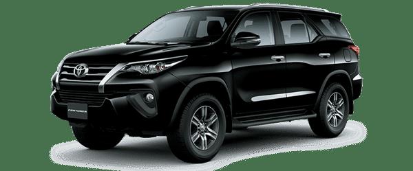 Mẫu Toyota Fortuner màu đen