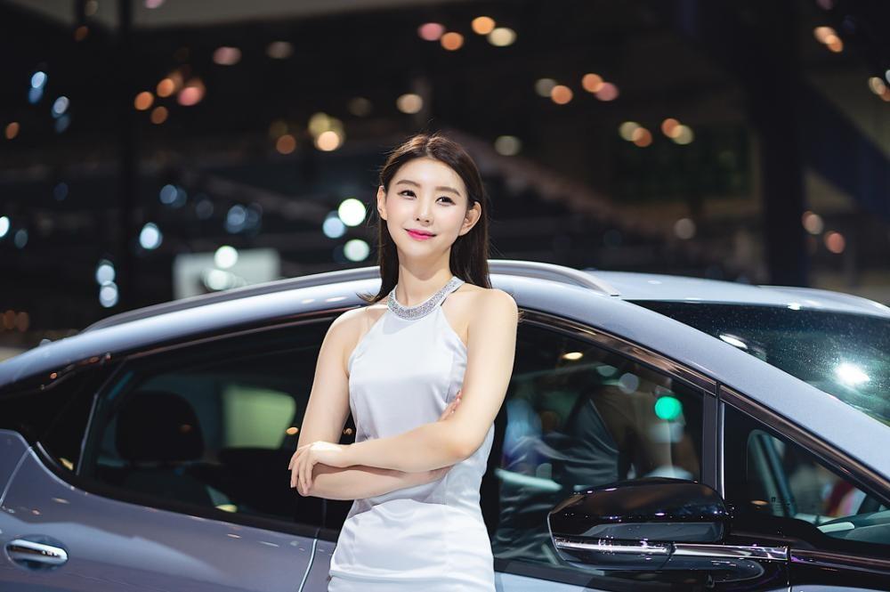 Ngất ngây với người mẫu Hàn Quốc đẹp như tiên tại triển lãm ô tô Busan 2018 - 25