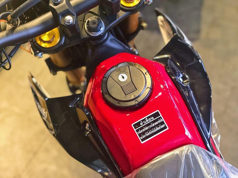 Bình xăng Kawasaki D-Tracker 150 2018