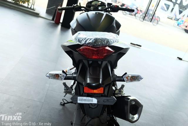 Đuôi xe Kawasaki Z300 2018