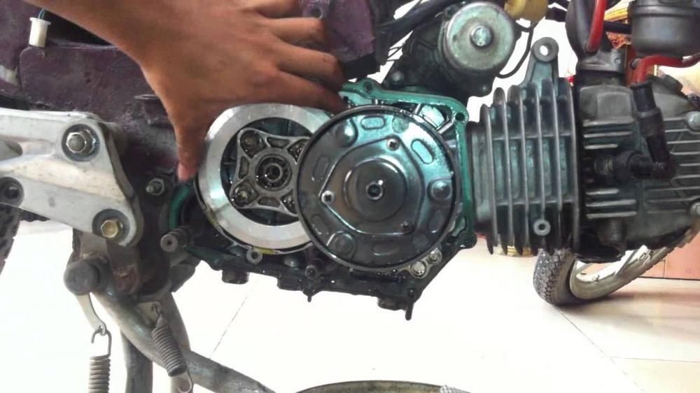 Bộ côn xe máy