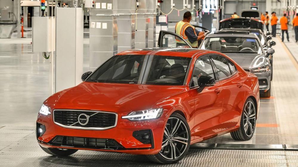 Volvo S60 2019 xuất xưởng tại nhà máy ở Mỹ