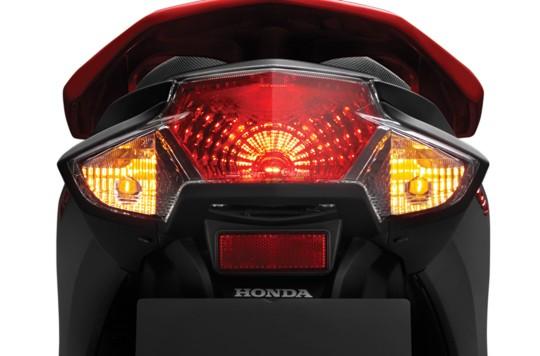 Trang bị đèn hậu của xe Honda Vision