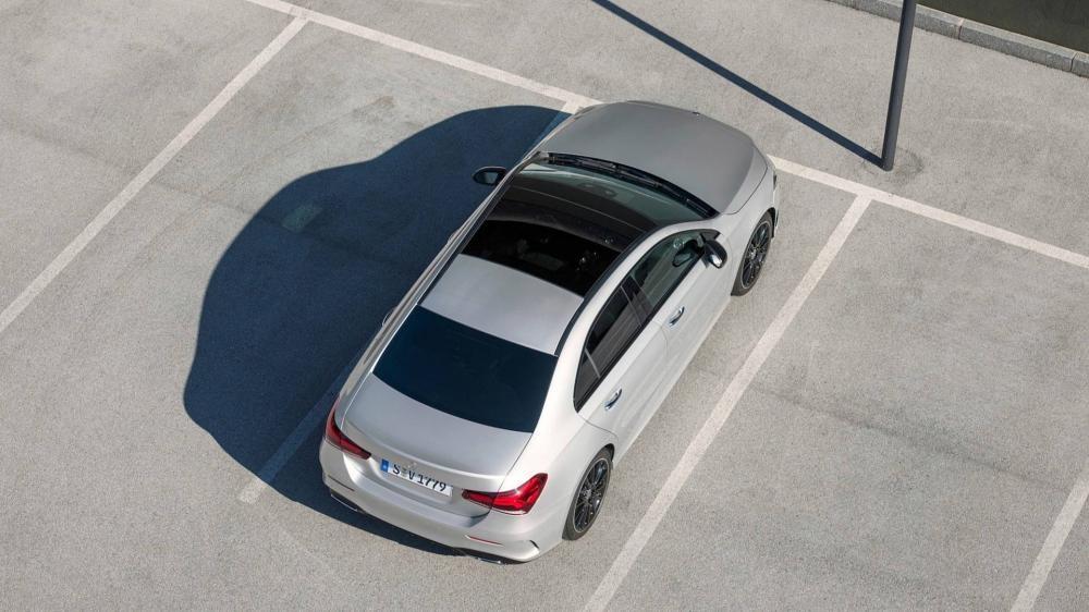 Mercedes-Benz A-Class Sedan 2019 có nhiều tính năng an toàn tiêu chuẩn