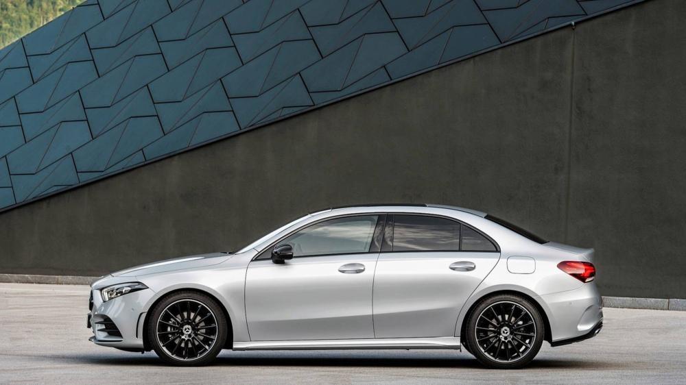 Mercedes-Benz A-Class Sedan 2019 có nhiều loại la-zăng khác nhau