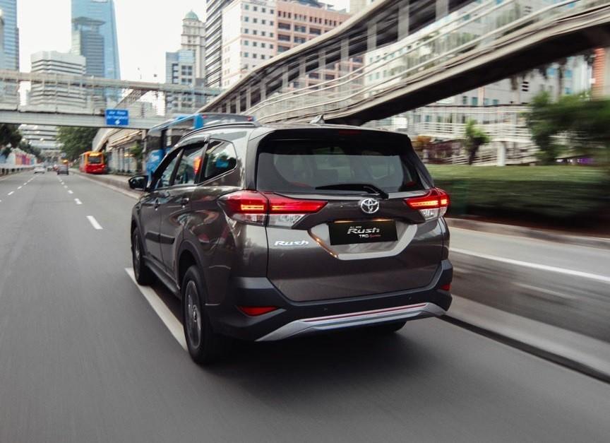 Toyota Rush TRD 2018 vẫn dùng động cơ như bản thường