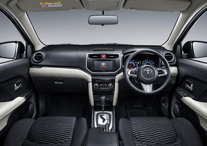 Nội thất của Toyota Rush 2018