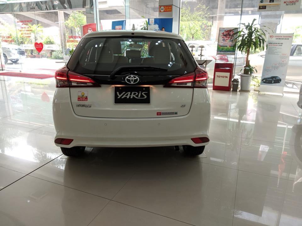 Thiết kế đuôi xe mới của Toyota Yaris 2018