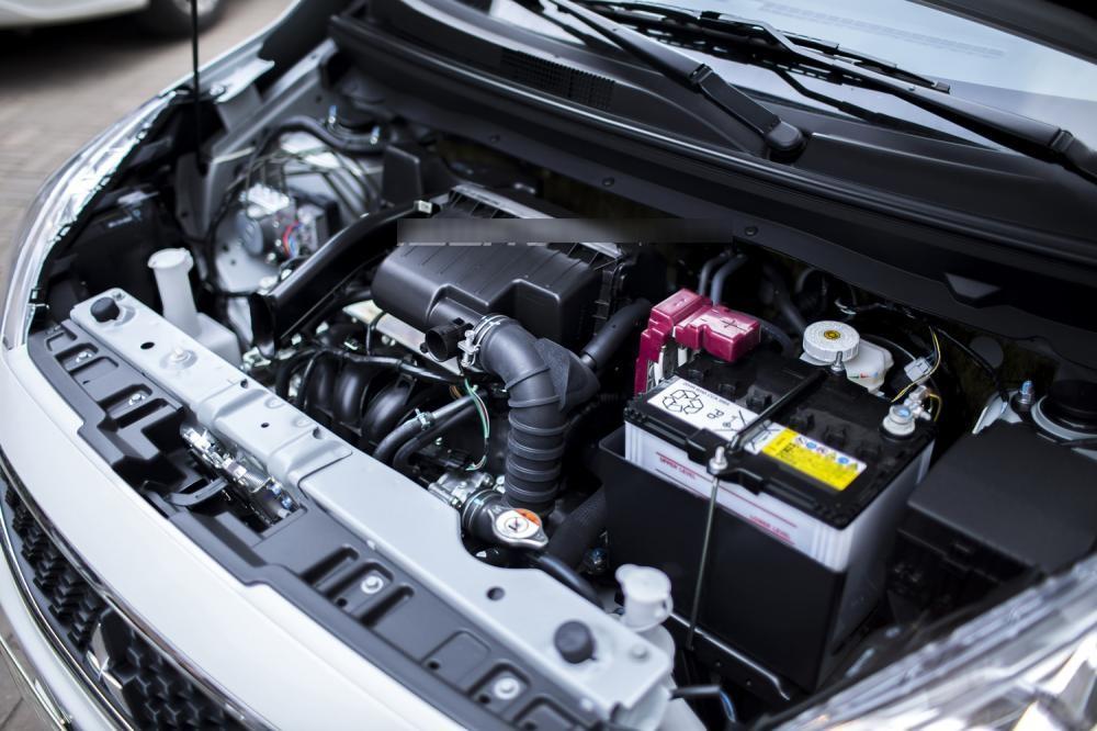 Trang bị động cơ Mitsubishi Mirage
