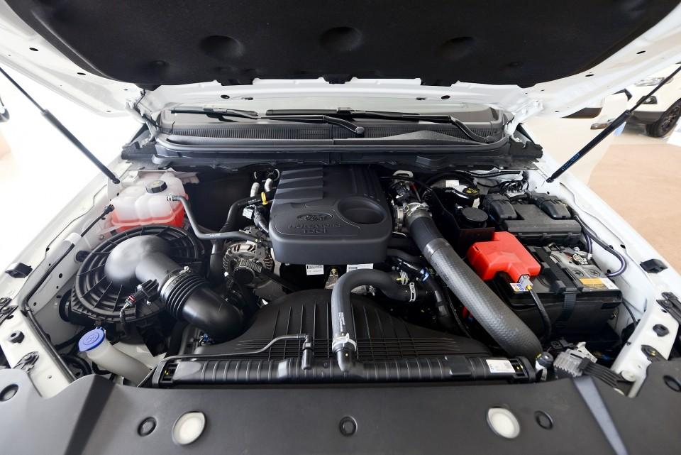 Trang bị động cơ của Ford Ranger