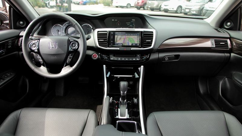 Thiết kế nội thất của Honda Accord