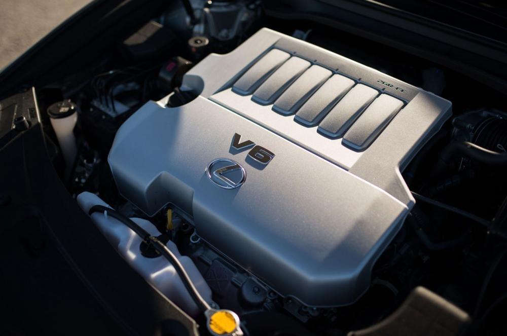 Trang bị động cơ của Lexus ES