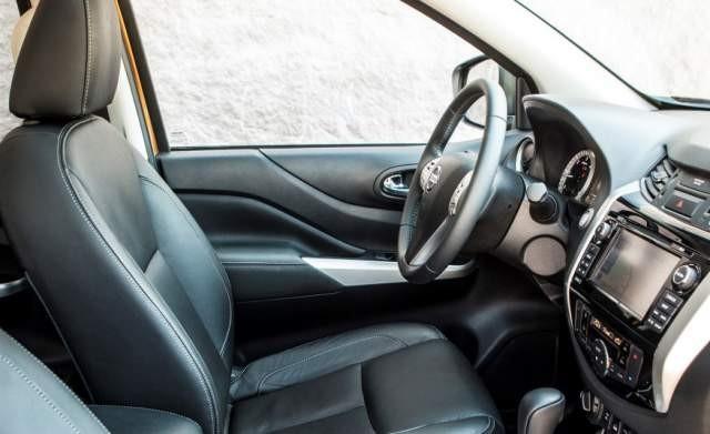 Thiết kế nội thất Nissan Navara