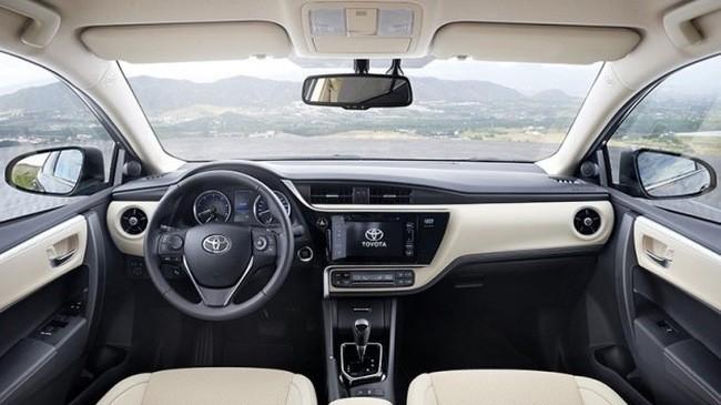 Thiết kế nội thất Toyota Corolla Alti