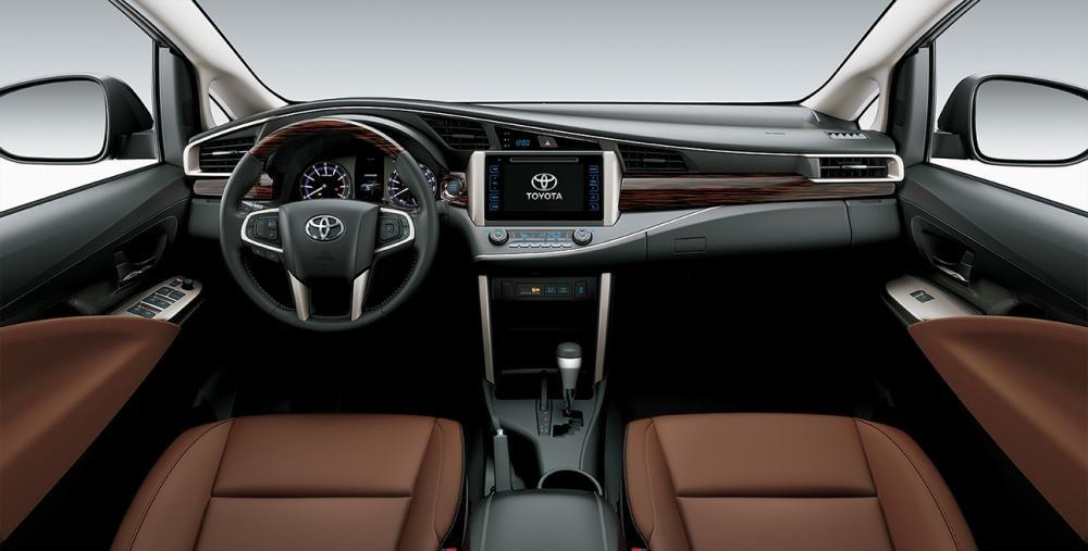 Thiết kế nội thất của Toyota Innova
