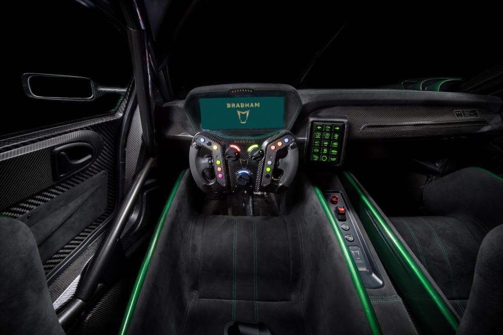 Đây là nội thất của siêu xe Brabham BT62