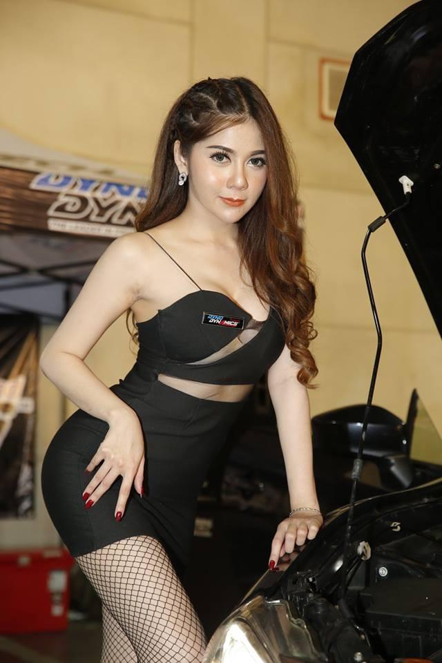 """Ngắm các """"bóng hồng"""" Thái Lan xinh tươi mơn mởn tại Bangkok Auto Salon 2018 - 7"""