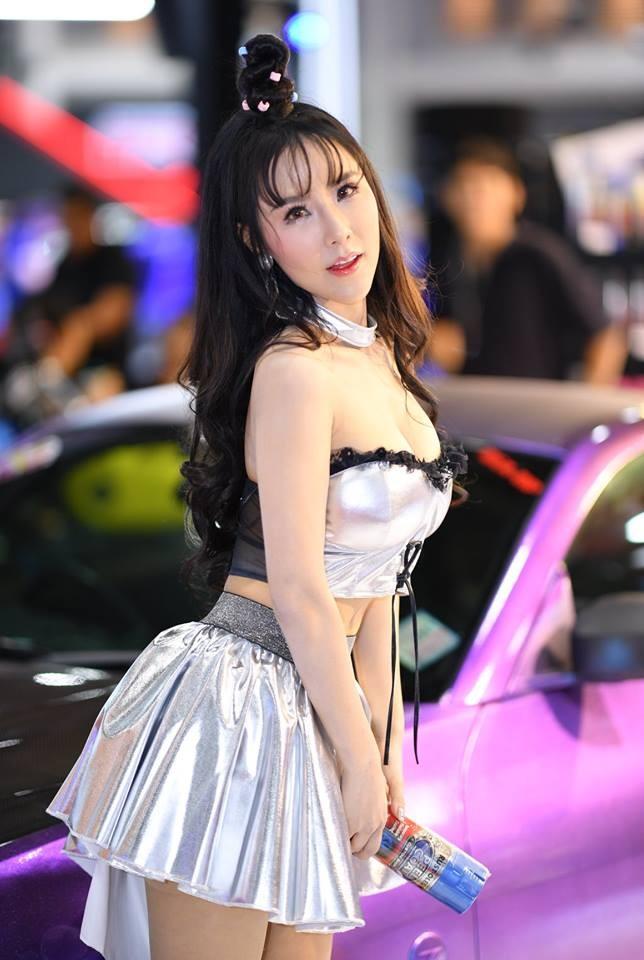 """Ngắm các """"bóng hồng"""" Thái Lan xinh tươi mơn mởn tại Bangkok Auto Salon 2018 - 9"""