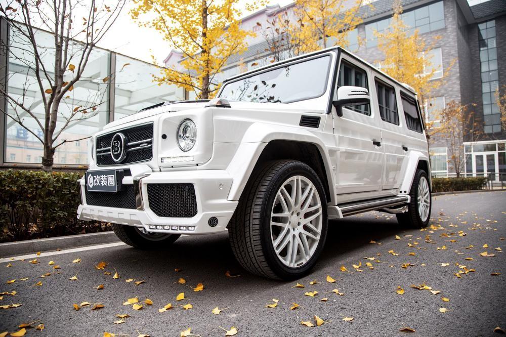"""Chân dài nóng bỏng thả dáng bên Mercedes-Benz G63 AMG """"Bạch Tuyết"""" - 10"""