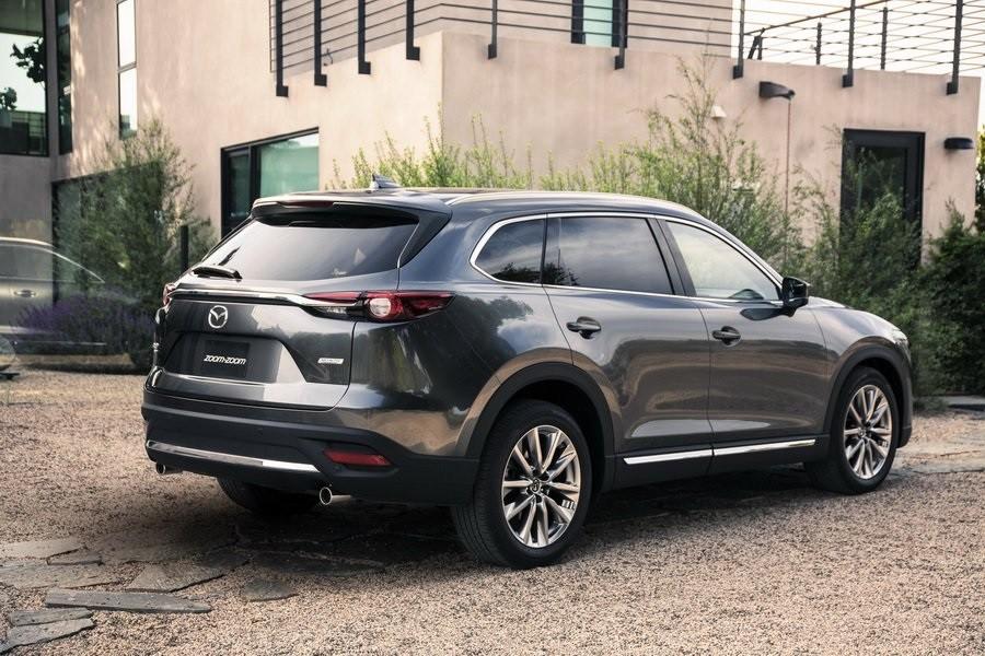 Mazda CX-9 2019 bản cao cấp được trang bị cửa cốp chỉnh điện