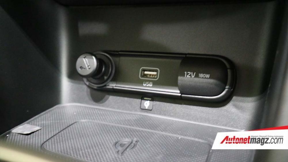 Cổng USB và ổ điện 12V của Kia Sportage 2019