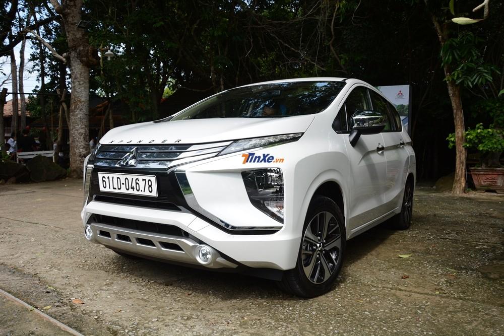 Đây là dòng xe thứ 3 của Mitsubishi tại Việt Nam mang thiết kế Dynamic Shield